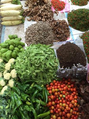 Auf dem Morgenmarkt in Luang Prabang