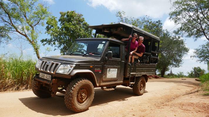 Im National Park Uda Walawe unternahmen wir eine super Safari. Wir hatten das Gefühl in Afrika zu sein.