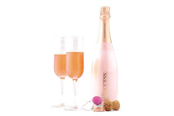 La marque se décline en Champagne Rosé