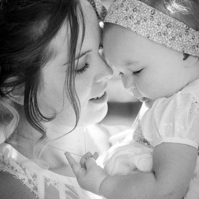 instagram, photo de famille lors du baptême de la petite