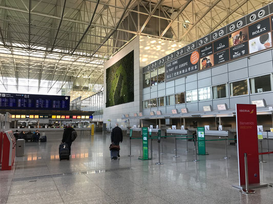 Bild: H. Seifert - Flughafen Frankfurt, Terminal 2, Flughafentransfer, Lufthansa, Limousinenservice, Transfer, Chauffeurservice
