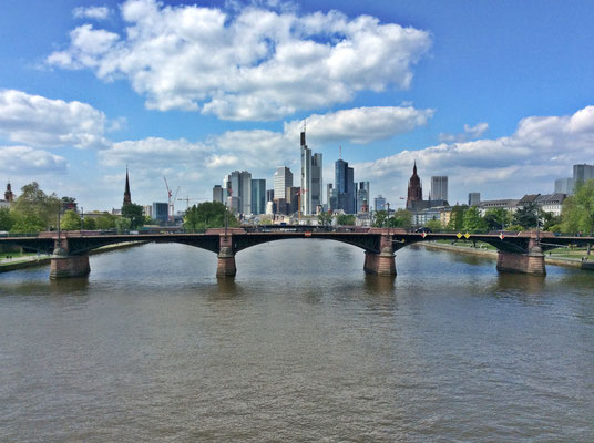 Frankfurt am Main - Skyline, Flughafentransfer, Airport-Transfer