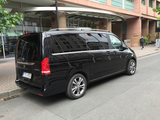 Bild: H. Seifert - Frankfurt am Main, Hilton Hotel
