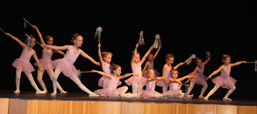 Glitzer, Glitzer bei der Ballettgruppe der TS Selb