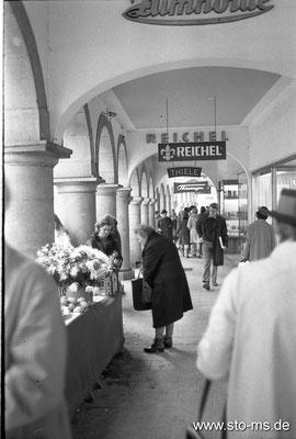 Schaufensterbummel am Prinzipalmarkt um 1950