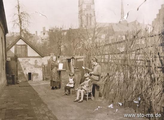 Familienidylle im Kreuzviertel um 1910