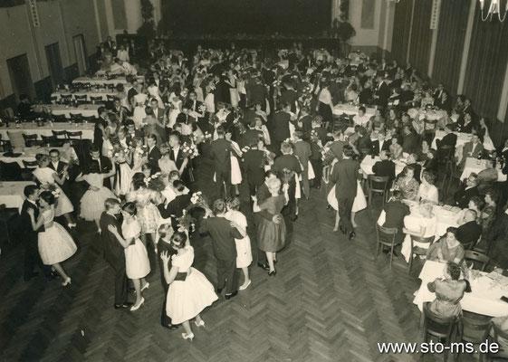 Tanzschule - Schlussball