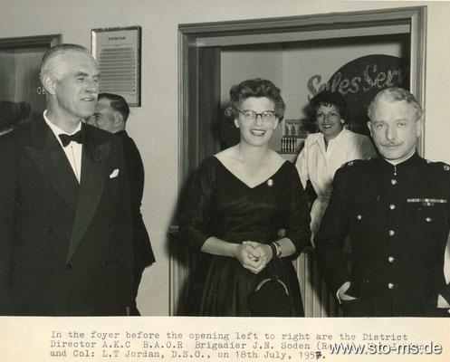 Empfang im britischen Globe-Kino ca. 1958