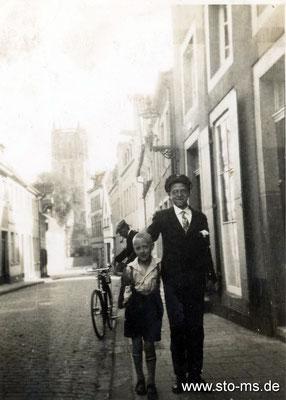 Vater und Sohn Frauenstraße