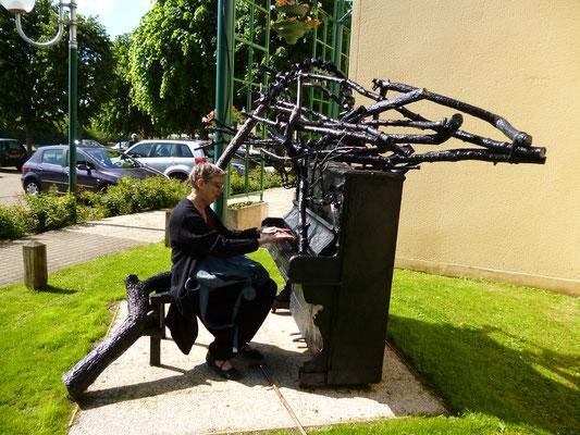 2015 –  « Sculptures en l'île »,  Andrésy, Roman Gorski