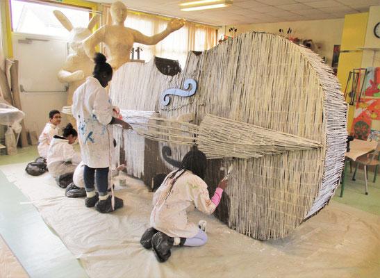 """""""Le Violoncelle géant""""  Roman GORSKI avec les enfants de l'espace Georges Pompidou, Taverny"""