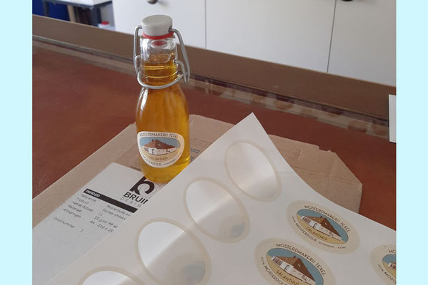 Mosterdmakerij Texel etiket mosterdolie