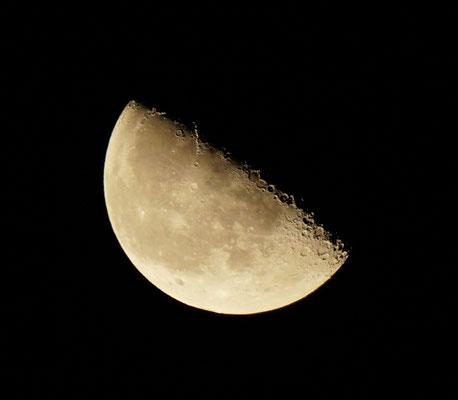 abnehmender Mond - und klarer Himmel, doch schon mal sehr gute Bedingungen