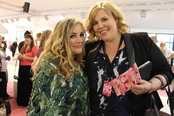 Zwei tolle Frauen: Bloggerin Theodora Flipper (links) und Tanja Marfo (Plussize Fashiondays Hamburg)