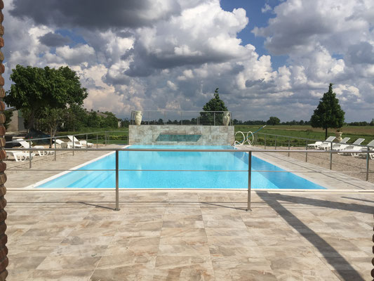 B & B close to Mantova pool, private bath, breakfast, mantova motocross, parking, economic