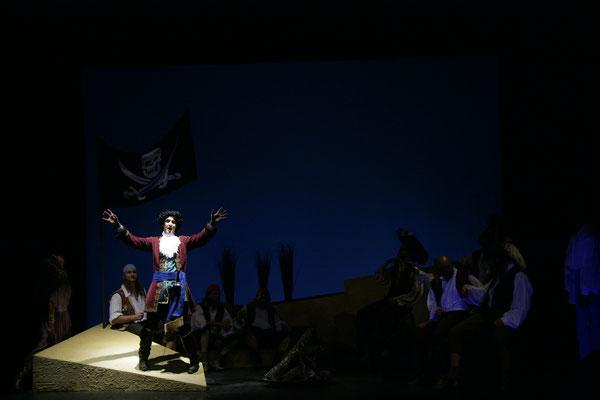 Die Piraten von Penzance - Opernhaus Passau © Litvai (Regie Anatol Preissler)
