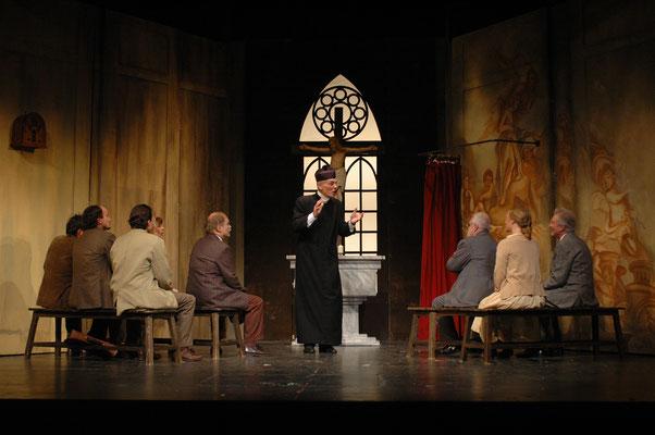 Don Camillo und seine Herde - Altonaer Theater Hamburg (Regie Anatol Preissler)