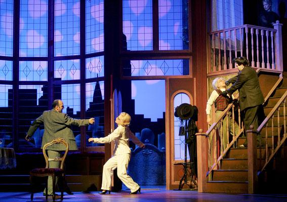 Arsen und Spitzenhäubchen - Pfalztheater Kaiserslautern (Regie Anatol Preissler)