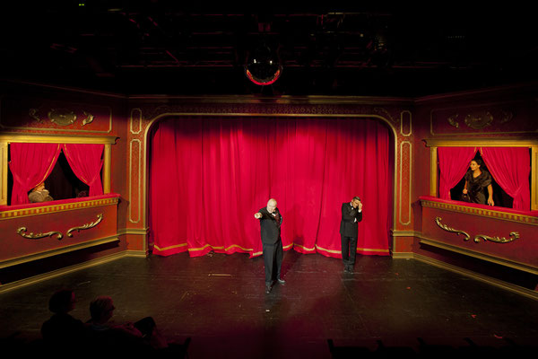 Die 39 Stufen - Stadttheater Ingolstadt (Regie Anatol Preissler)