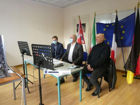 Olivier ROMAIN avec Daniel DUCHANGE, président de la CDC Pays d'Othe et Romain ARNAUD, maire délégué d'Aix-en-Othe