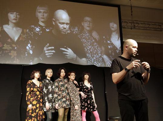 """Alexander Lespschi stellt das Konzept der neuen Collection """"ACCESSOIRES"""" vor!"""