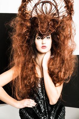 RÈGLAGE - Avantgarde 2016 - HAIR: Theresa Schirz I  Foto: Stefan Dokoupil  I  Styling: Claudia Behnke UK (Marko Mitanovski)  l Make-Up: Katharina Lenz, Vanessa Meixner und Nikola Hofmann