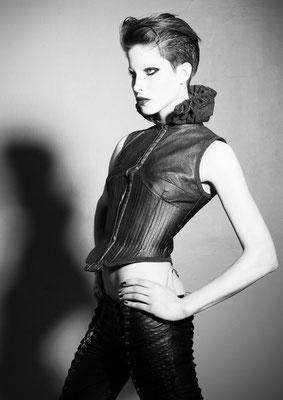 Damen 2010 - Hair: Alexander Lepschi - Foto: Robert Aguilar