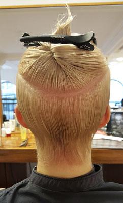 Abteilungen für den perfekten Haarschnitt sind das Um und Auf eines präsizen Haarschnittes.