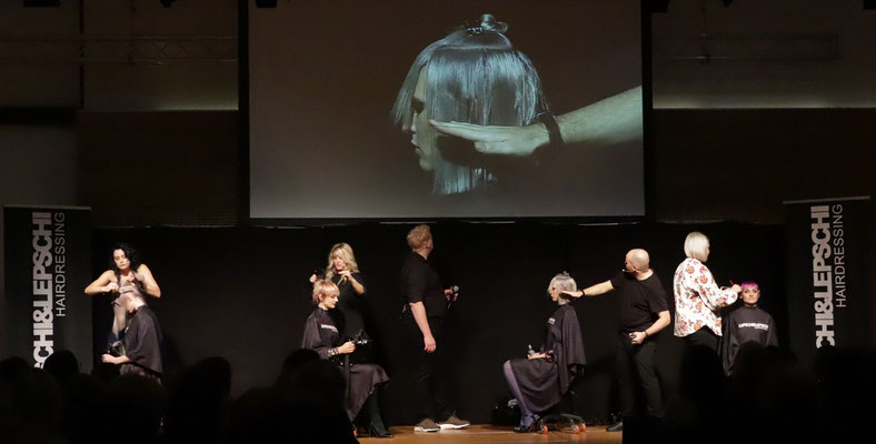 Christina Pumberger (Art Director), Theresa Schirz (Art Director), Alexander Lepschi (Executive Art Director) und Kerstin Pöchtrager (Stylistin) LIVE on STAGE