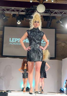 AVANTGARDE - Hair: Alexander Lepschi - Styling: Claudia Behnke mit MARKO MITANOVSKI