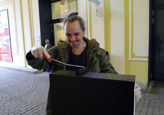 ... auch der Fotograf - Stefan Dokoupil legte Hand an ...
