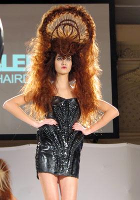 AVANTGARDE - Hair: Theresa Schirz - Styling: Claudia Behnke mit MARKO MITANOVSKI