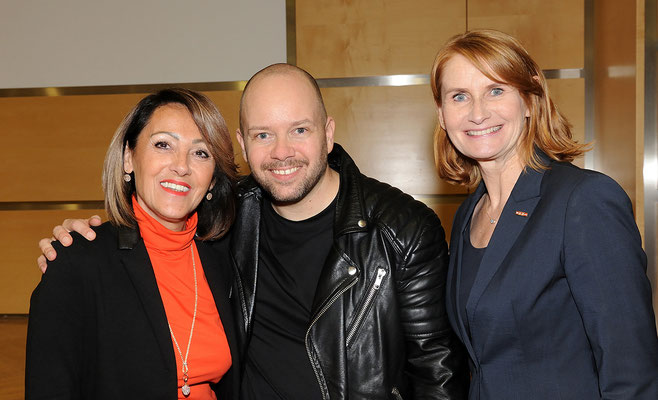 Erika Rainer (Landesinnungsmeisterin der Friseure), Alexander Lepschi und Mag. Sabine Tobisch (GF Sparte Gewerbe und Handel der WKO)
