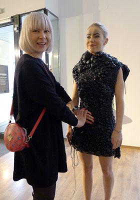 ... Avantgarde Outfitprobe mit Claudia Behnke ...