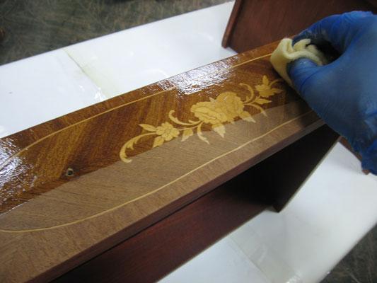 Restauración de sinfonier estilo Luis XVI.