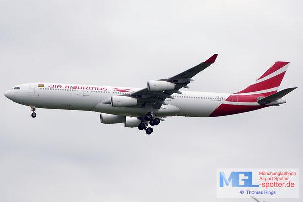 20.06.2014 3B-NBI Air Mauritius A340-313