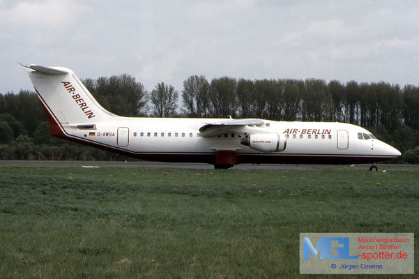 01.05.2003 D-AWBA AIR BERLIN BAE146-300