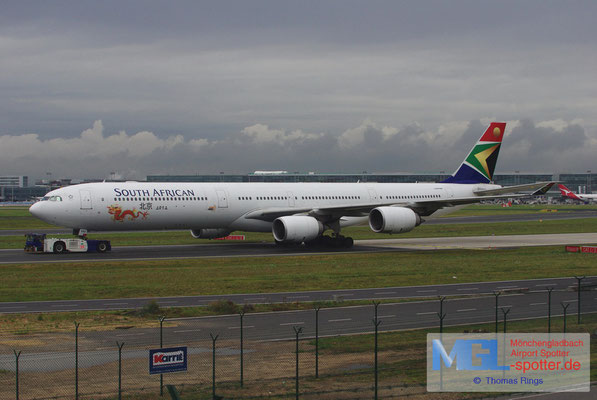 06.08.2012 ZS-SNG South African Airways A340-642
