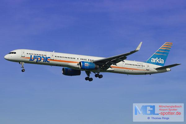 20.08.2012 4X-BAW Arkia B757-3E7/W