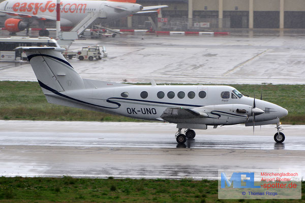 27.12.2013 OK-UNO Raytheon Beech 200 King Air