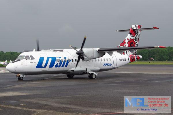 13.05.2014 UR-UTE UTair Ukraine ATR 42-300 cn057