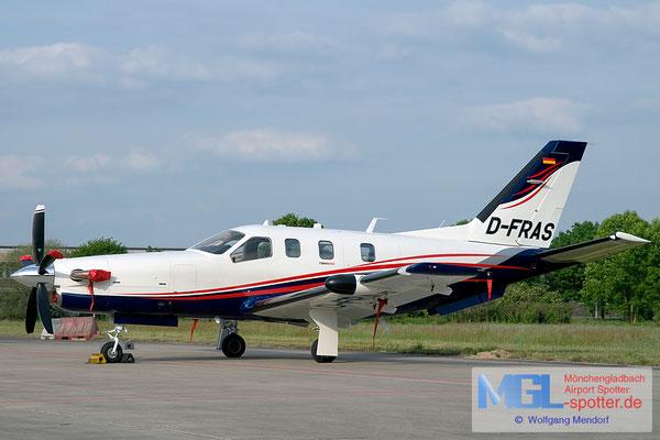 13.05.2011 D-FRAS Socata TBM-850