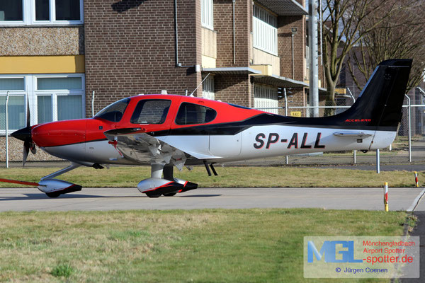09.03.2017 SP-ALL Cirrus SR-22T