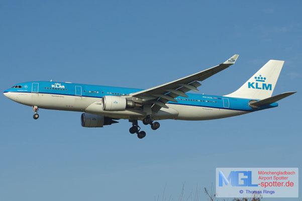17.02.2013 PH-AOL KLM A330-203