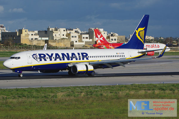 27.12.2013 EI-ESM Ryanair B737-8AS/W