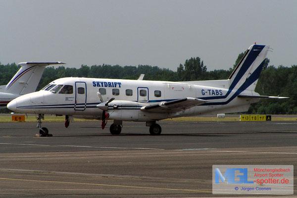 20.06-2006 G-TABS SKYDRIFT  E110 BANDERANTE