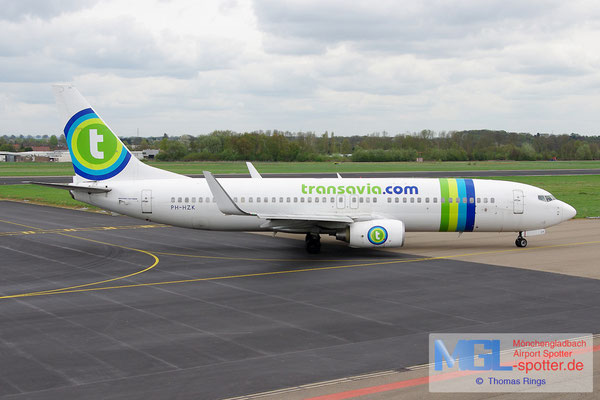 27.04.2013 PH-HZK Transavia B737-8K2/W