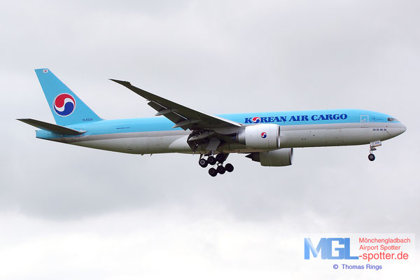 19.06.2014 HL8226 Korean Air Cargo B777-FB5