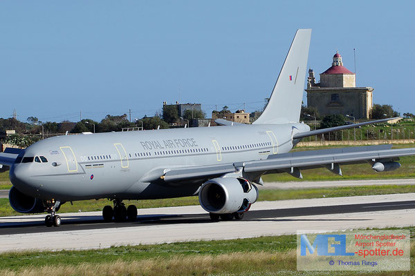 28.12.2013 ZZ333 Royal Air Force A330-243MRTT