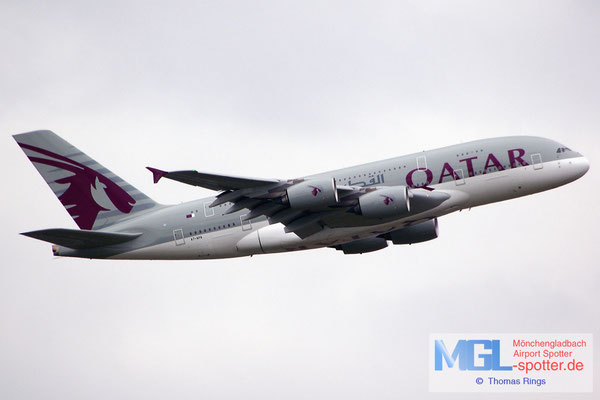 11.04.2015 A7-APA Qatar Airways A380-861